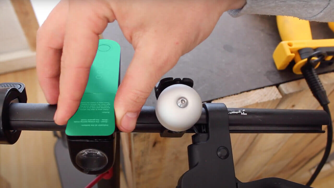 changer poignee de frein xiaomi m365 pro