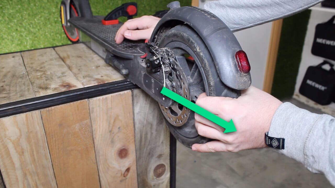 monter pneu plein xiaomi m365